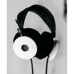 "Grado ""The White Headphone"""